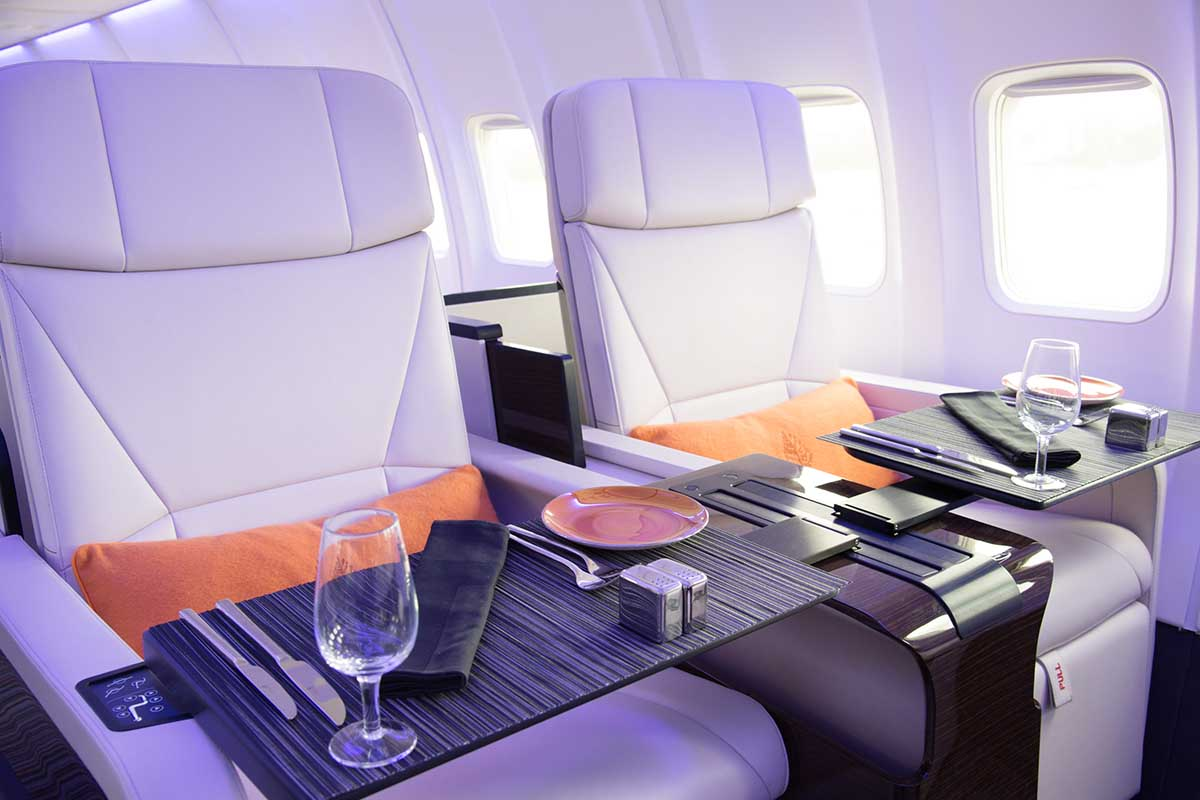 Boeing 757 Group Charter Interior